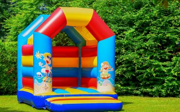 bounce houses for older kids